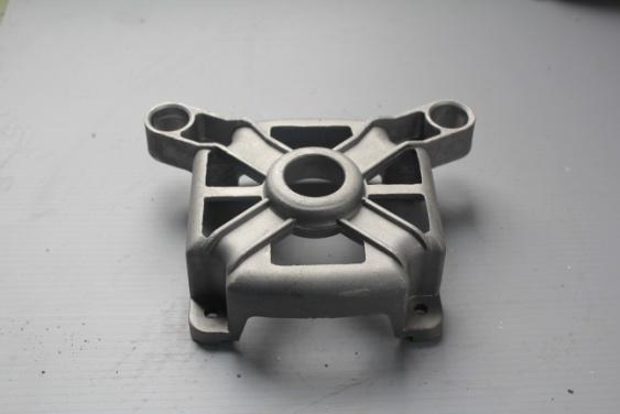电机端盖压铸件-54D04016